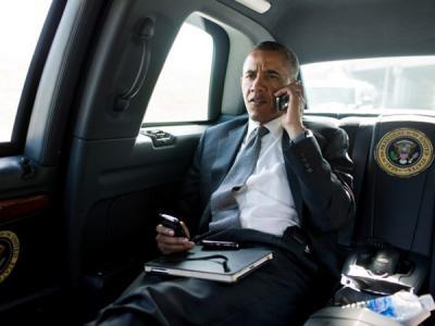 Bosan Pakai Blackberry, Obama akan Gunakan Ponsel Android?