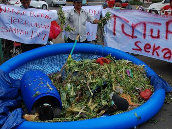 26 Tahun Cemari Lingkungan, Warga Bekasi Minta Bantargebang Ditutup