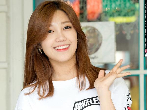 Wah, Eunji A Pink Buat Penampilan 'Kejutan' di 'Shinzu'i White Concert'!