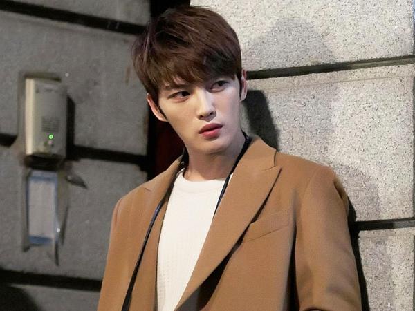 Jaejoong JYJ Butuh 50 Kali Ulang Saat Akting Untuk Sebuah Adegan Ciuman?
