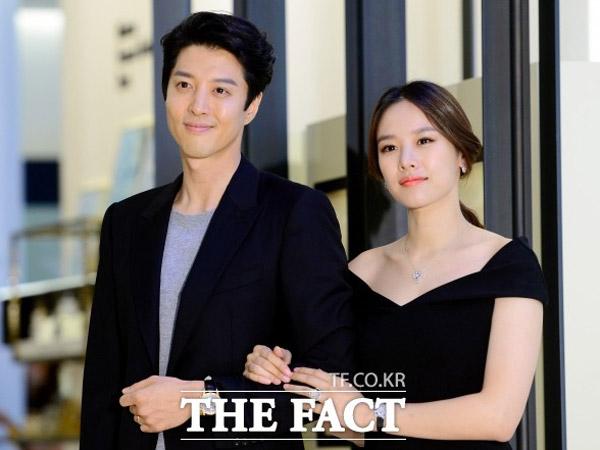 Lee Dong Gun dan Jo Yoon Hee Cerai Setelah 3 Tahun Menikah