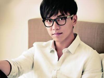 Lee Seung Gi Terlihat Sedang Syuting Untuk Running Man