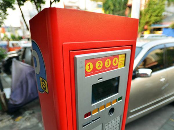 Hindari Pungli, Pemrov DKI Jakarta Mulai Terapkan Mesin Parkir Elektronik