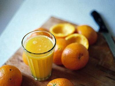 7 Alasan Jus Jeruk Adalah Minuman Yang Baik Untuk Tubuh!