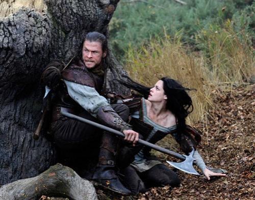 Snow White and The Huntsman, Putri Salju Versi Dewasa