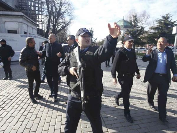 Diduga Terkait Bom Bunuh Diri di Istanbul, Turki Tahan 3 Orang Rusia