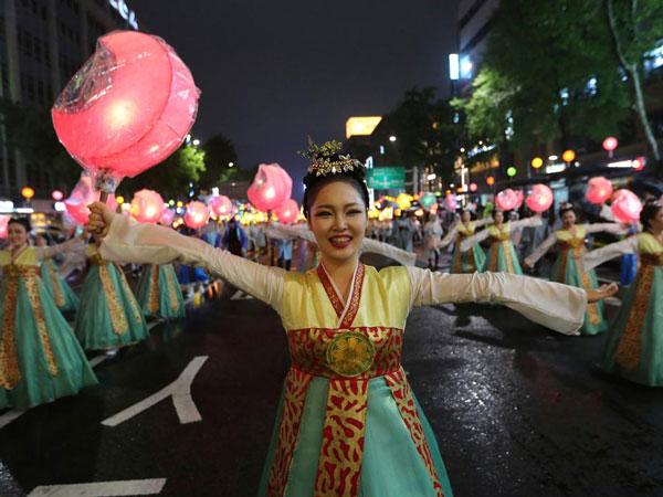 Festival Lampion Seoul Pindah Lokasi ke Empat Distrik Populer Berikut