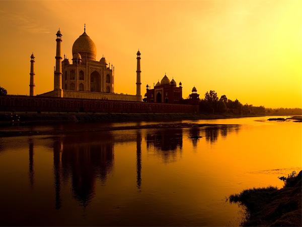 Larang Wisatawan Pakai Rok Di India, Menteri Pariwisata Dikecam Atas Komentarnya
