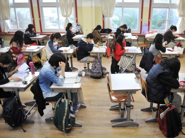 Remaja Korea Lebih Khawatirkan Pekerjaan Daripada Ujian?