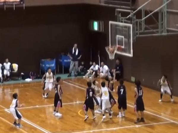 Tim Bola Basket SD Asal Jepang Ini Menang Dramatis Lewat Lemparan Buzzer Beater