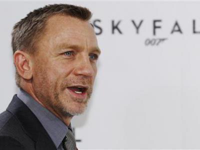 Daniel Craig Beri Penghormatan Pada Karakter Antagonis