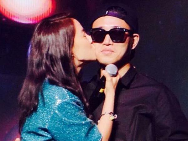 So Sweet, Song Ji Hyo Beri Balasan Ciuman Pipi Untuk Gary!