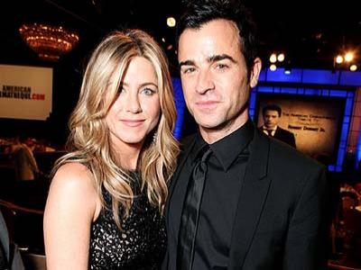 Jennifer Aniston-Justin Theroux Pesta Bareng