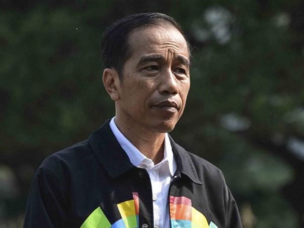Tanggapan Santai Jokowi Terkait Kontroversi Kaos #2019GantiPresiden