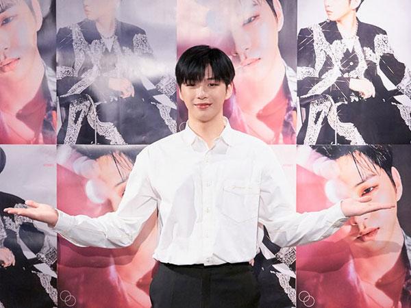 Daebak! Kang Daniel Capai Penjualan 1 Juta Album dalam Setahun