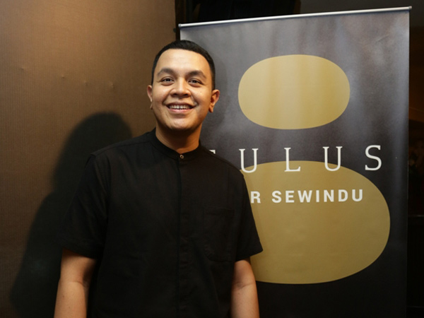 Tulus Tunda Konser, Promotor Siap Ganti Uang Hotel hingga Pesawat Penonton