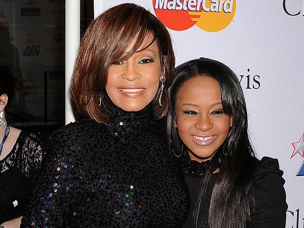 Bobbi Kristina Meninggal dengan Cara yang Sama dengan Whitney Houston