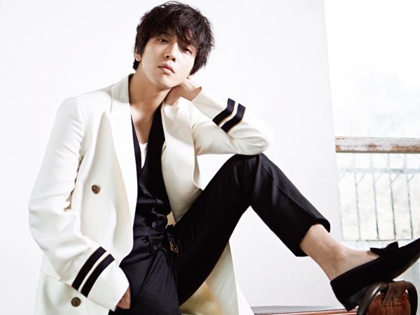 Selain Jo In Sung, Rumah Yonghwa CNBLUE Juga Diganggu Sasaeng Fan