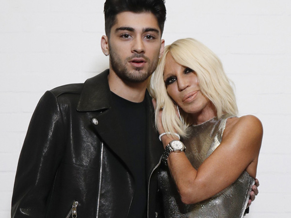 Wah, Donatella Versace dan Zayn Malik Resmi Jadi Pasangan Baru di Industri Fashion!