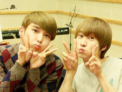 Ryeowook dan Eunhyuk Saling Tunjuk Siapa Yang Berpenampilan Terburuk