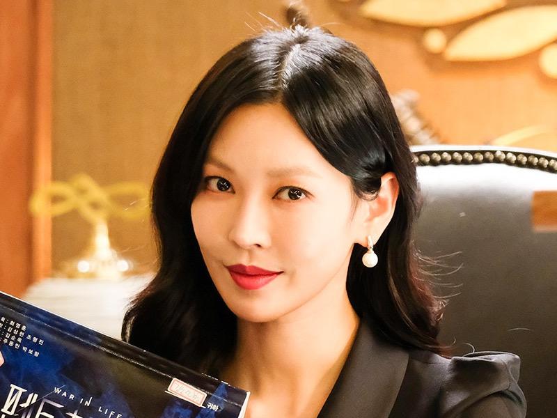 Aktingnya Dipuji, Kim So Yeon Sesalkan Ini dari The Penthouse Musim Pertama