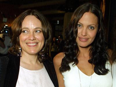 Inilah Alasan Kuat Mengapa Angelina Jolie Angkat Kedua Payudaranya