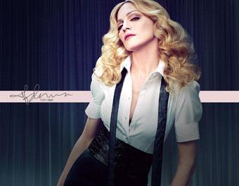 Madonna pamer 'brondong' barunya