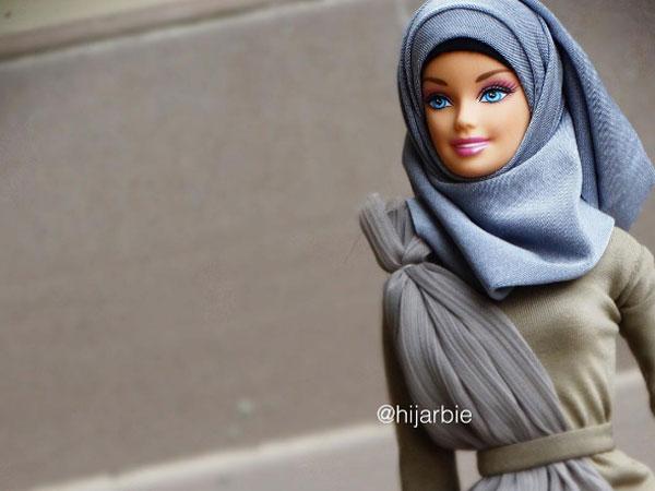 Pakai Hijab, Barbie Ini Jadi Selebgram di Kalangan Hijabers!