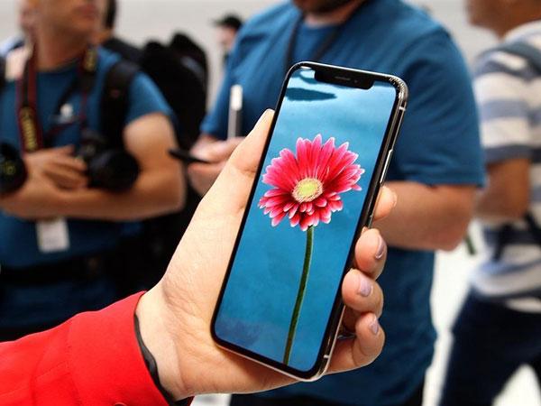 Alasan Mengejutkan Jatuhnya Saham Apple Usai Perkenalkan iPhone X