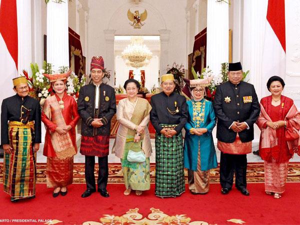 Momen Bersejarah Saat Jokowi-JK Foto Bareng Habibie, Megawati dan SBY