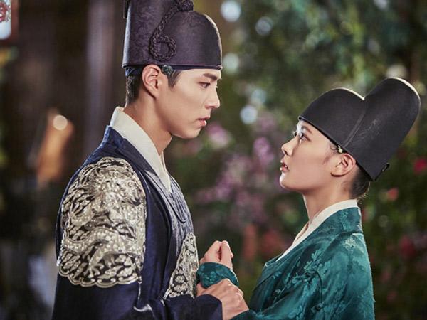 Adegan Romantis Park Bo Gum dan Kim Yoo Jung Ini Catat Rating Tertinggi dalam Drama!