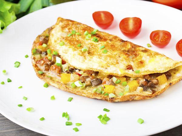 Telat Bangun Sahur? Yuk Buat Resep Omelet Sayur yang Praktis Ini