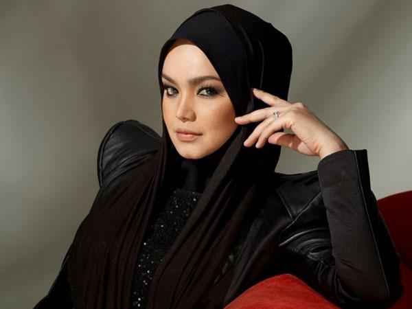Penantian 11 Tahun, Diva Malaysia Siti Nurhaliza Lahirkan Anak Perempuan