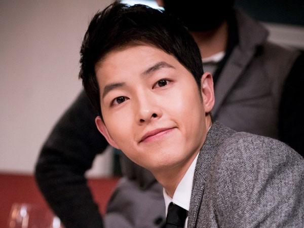 Tampannya Song Joong Ki Jadi Pegawai Bank di Drama Park Hae Jin, 'Man to Man'
