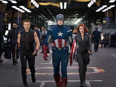 Kebanyakan Komedi, The Avengers Dikritik