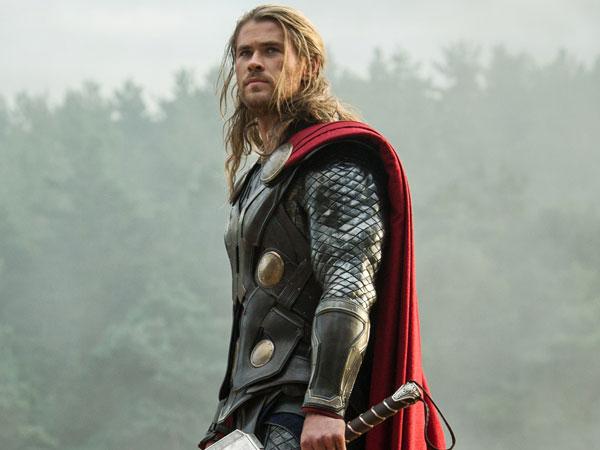 Chris Hemsworth 'Thor' Beri Bocoran Tentang 'Avengers 4'?