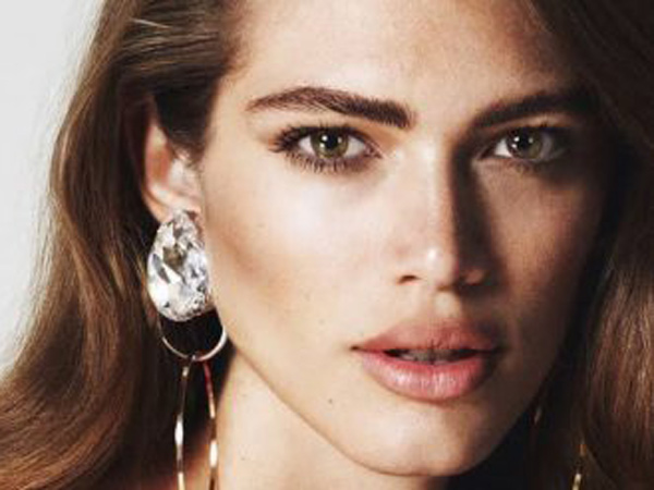 Valentina Sampaio, Model Transgender Pertama Victoria's Secret yang Kontroversial