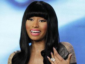 Nicki Minaj Tak Bisa Menahan Tangis Saat Ungkapkan Pengalaman KDRT