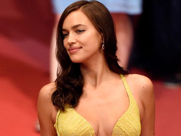 Dua Bulan Pasca Melahirkan, Irina Shayk Tampil Seksi Menggoda di Festival Film Cannes