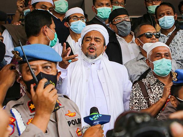 Habib Rizieq Ditahan Usai Jadi Tersangka Dua Kerumunan Acaranya