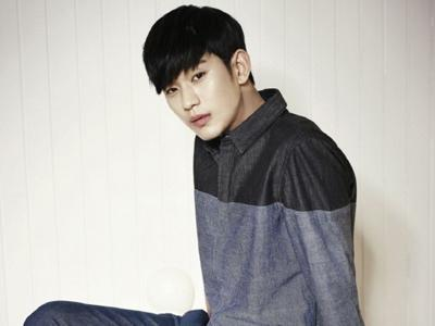 Heboh Fans Cina Rela Bayar 1,4 Milyar Untuk Jumpa Fans Mewah dengan Kim Soo Hyun