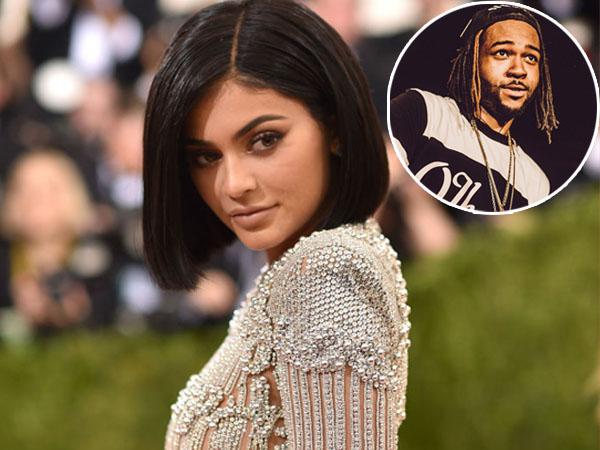Putus dari Tyga, Inikah Pacar Baru Kylie Jenner?