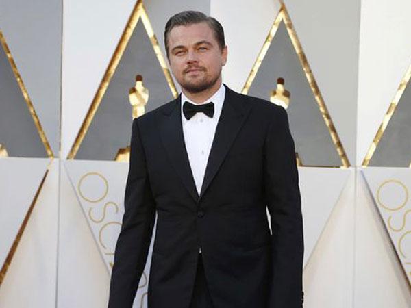 Leonardo DiCaprio Telah Rela Kembalikan Piala Oscar Demi Alasan Ini!