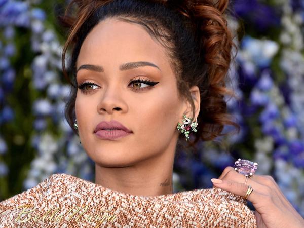 Pernah Terlihat Kencan dengan Beberapa Artis, Rihanna Justru Ngaku Single