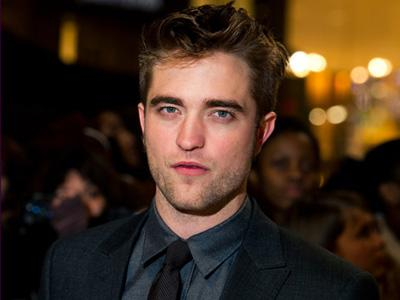 Robert Pattinson Ingin Perankan James Bond 20 Tahun Lagi