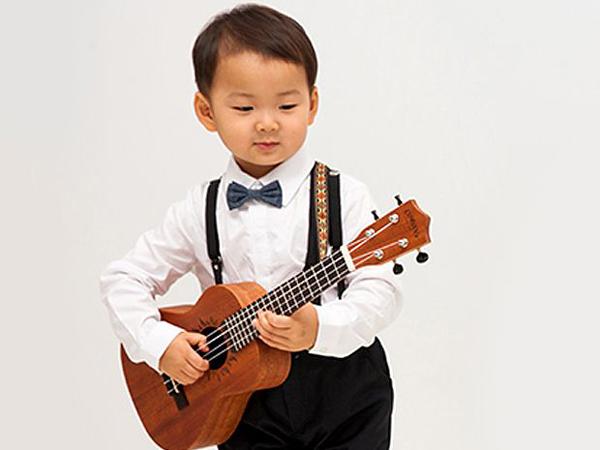 Tuai Pujian Aktris Musikal Senior, Song Il Gook Ingin Debutkan Minguk Jadi Aktor Musikal