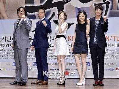 Rayakan Akhir Dari Drama, Pemain 'Good Doctor' Langsung Asyik Berpesta !