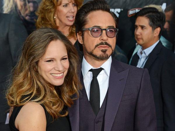 Robert Downey Jr. dan Istri Dikaruniai Bayi Perempuan