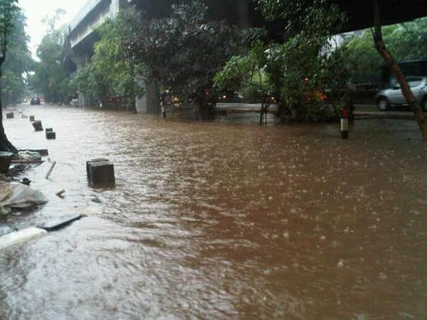 Diguyur Hujan, Inilah Lokasi Banjir di Jakarta