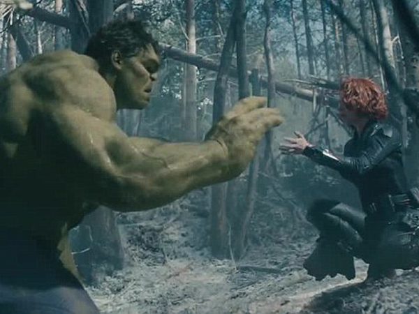 Wow, Hulk 'Takluk' Oleh Black Widow Di Teaser Terbaru 'The Avengers'!